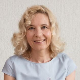 dr. Irena Kosi Ulbl