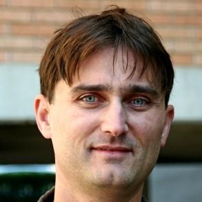 dr. Matej Mencinger
